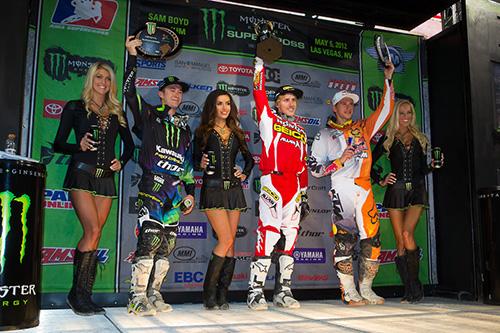 20120505-las-vegas-250east-podium